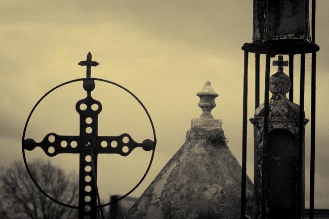 Crosses at Metarie hdr cyanotype