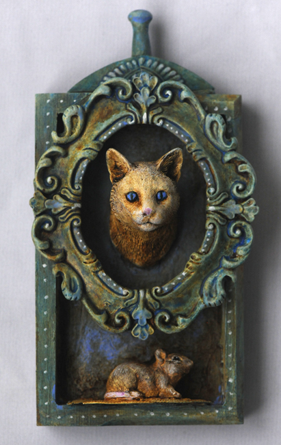 Assemblage cat and mouse
