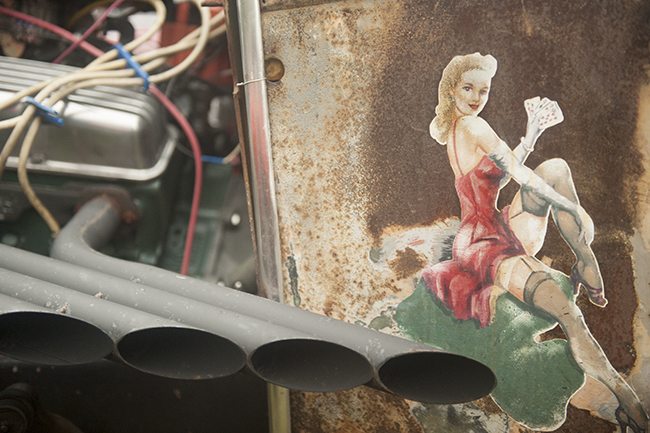 Pin-up girl on rat rod