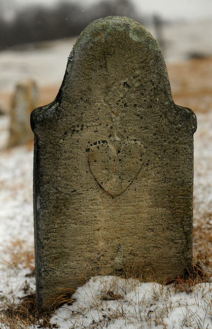 Headstone at Kimberling Lutheran Church heart