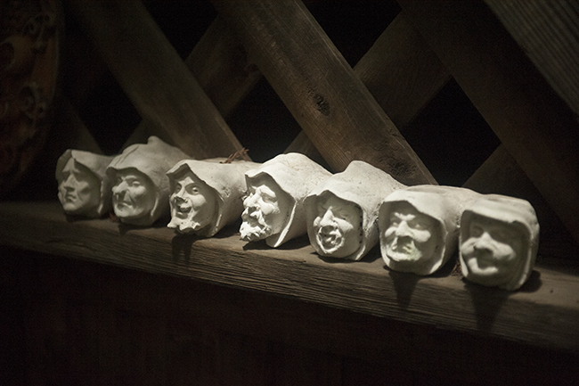 Row of heads in the garden of Jeff Minnich
