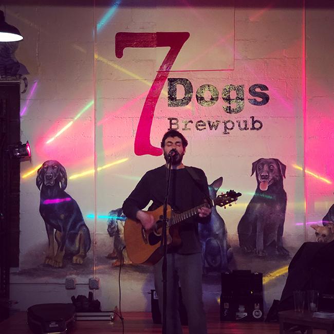 7 dogs brewpub