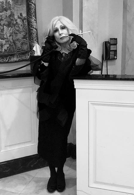Karen Rexrode in noir costume